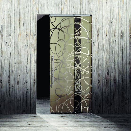porte coulissante en verre trempe laque aura color parallele escamotable