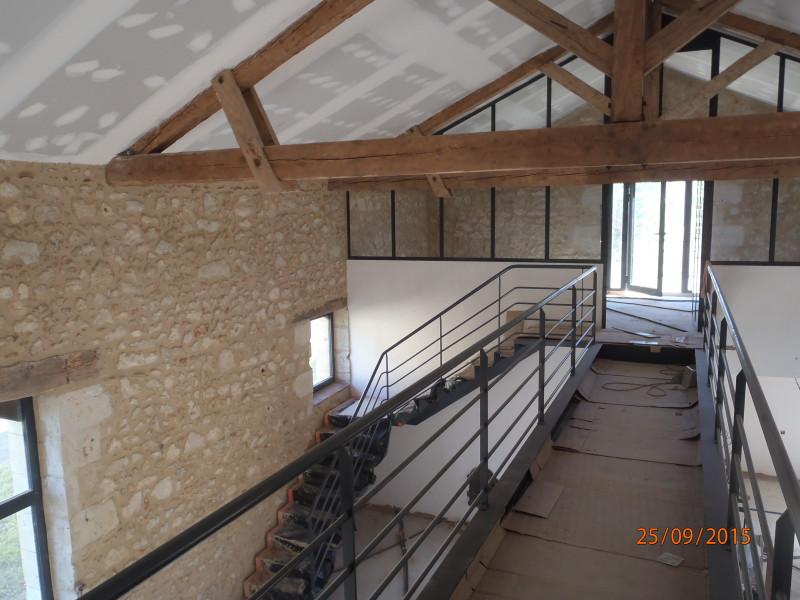 Mur la chaux intrieur fabulous joints de pierre finition for Poutres blanchies a la chaux