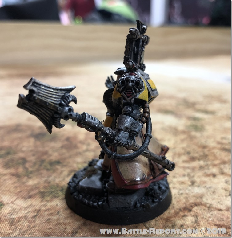 Imperial Fists Librarian in Terminator Armor  (5)