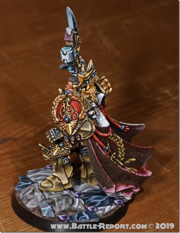 Adeptus Custodes  Shield-Captain by Tomas (4)