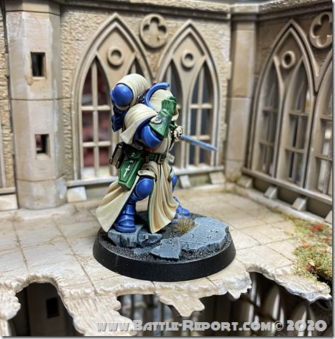 Iron Hands Primaris Librarian in Phobos Armour by Andrew Zoitas (3)