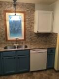 Glass kitchen tile backsplash