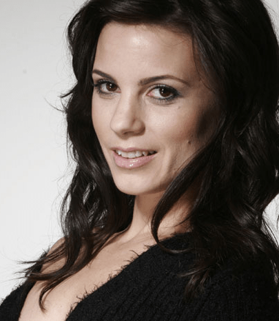 Leah Cairns actress