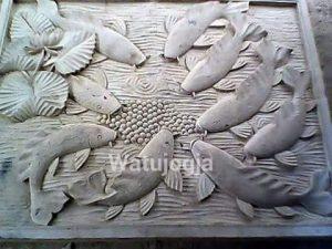 Ukiran Motif Ikan dan Tanaman