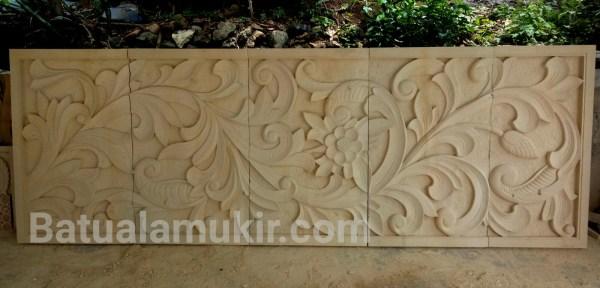 Relief batu ukir dinding motif ukiran klasik
