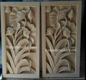 Batu alam motif bunga