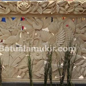 Relief batu alam bunga