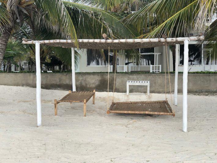 Royal Palm Beach Bed