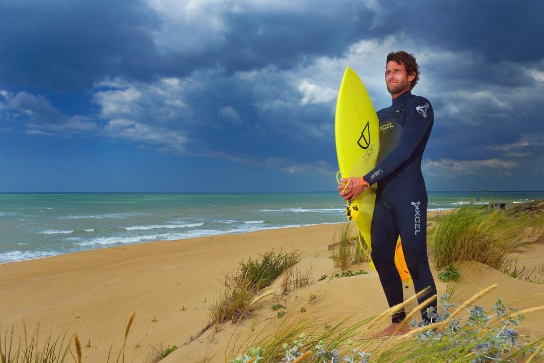 ANTOINE PROFESSEUR DE SURF À LA FREESURF SCHOOL