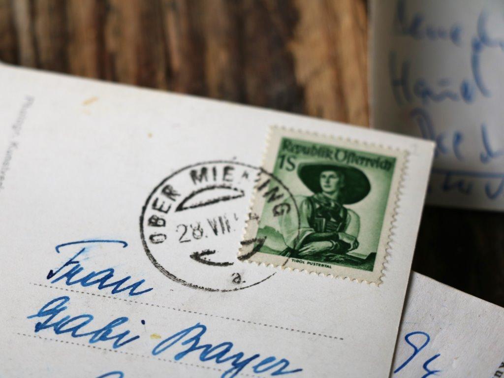 Schreiben Sie uns: Bauernhof Familie Post, Obermieming 147a, 6414 Mieming. Foto: Privat