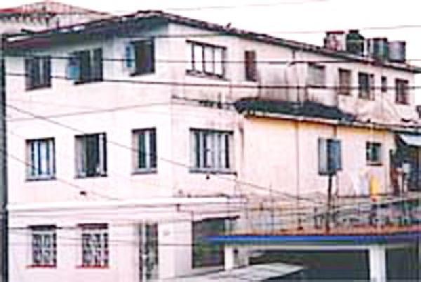 Schaden an Fassade Fassadeschäden, Putzschaden, Fassadenschäden, WDVS, Anfahrtschaden, Nässeschaden