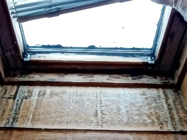 Bau-gutachten, Gutachter, Bilder Bauschaden Baumangel Bauschäden Baumängel Dachfenster Tauwasser Schimmel mangelhafte Dämmung