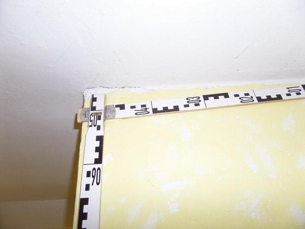 Beweissicherung vor Baubeginn Kontrolle Innenräume auf Deckenrisse
