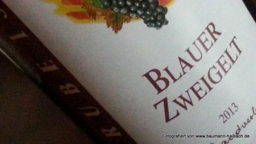 Flasche-Rotwein-Zweigelt