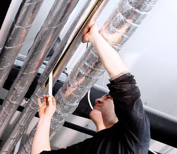 Dämmung von Leitung für Warmwasser und Heizung