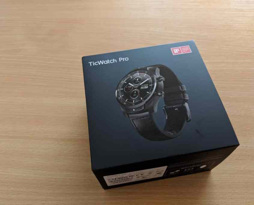 TicWatchPro Unboxing 01