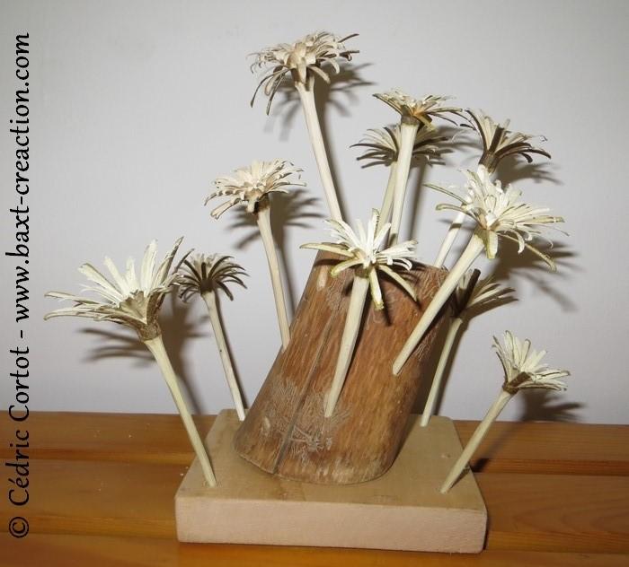Fleurs en bois sculptées au couteau - BaXT créAction
