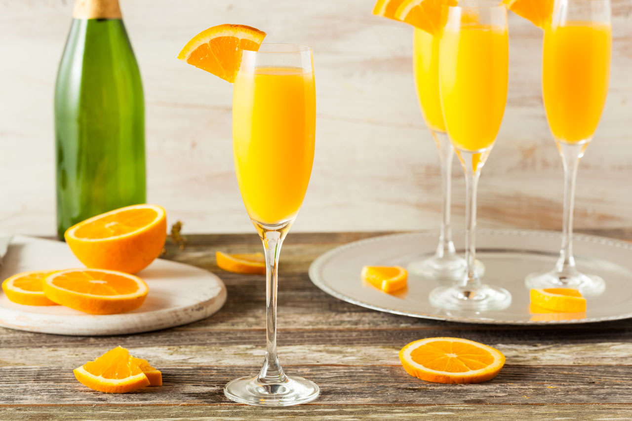 Mimosas for boozy brunch
