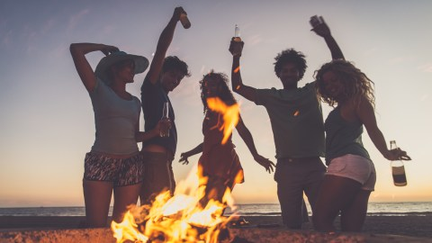 Best Places for Beach Bonfires in the Bay