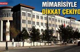 Bayburt'ta, Yeni Hükümet Konağı Mimarisiyle Dikkat Çekiyor