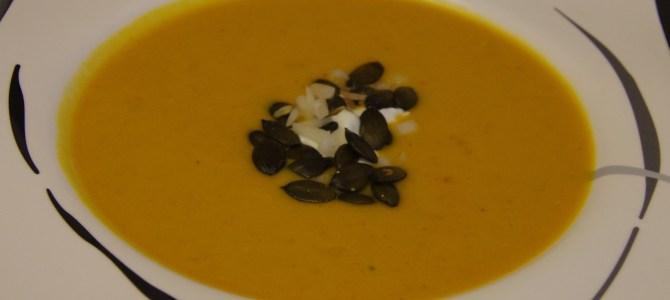 Herbstliche Kürbis-Kartoffel Suppe