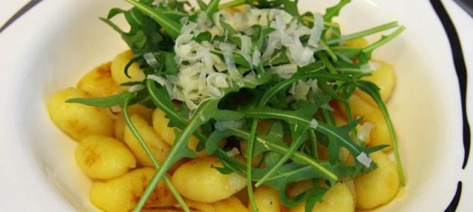 Gnocchi mit Rucola-Zitronenbutter
