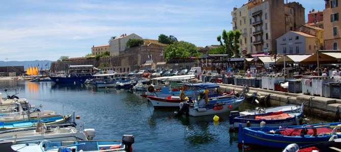 Spaziergang durch Ajaccio, die Hauptstadt Korsikas