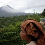Anwohner in Angst – Mt. Sinabung rauchte