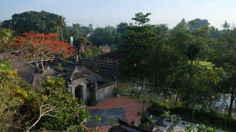 Das Hotel Santi Mandala liegt direkt am Fluss © Jessica Braun Fotoquelle:zeit.de