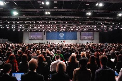 Klimaverhandlungen 2010 im mexikanischen Cancún. Das Gastgeberland hat Goldman Sachs zusammen mit Indonesien, Südkorea und der Türkei zur Ländergruppe Mist zusammengefasst. (Foto: UNFCCC) Fotoquelle: klimaretter.info