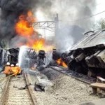 Schweres Zugunglück in der Nähe von Jakarta