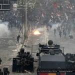 Kampf gegen die indonesischen  Tugendwächter