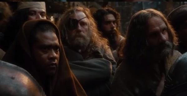 Hobbit-Crowd-3