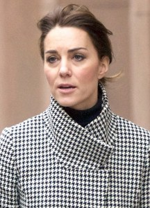 2F4F77DA00000578-3357449-The_Duchess_appeared_after_a_week_of_three_royal_engagements_at_-m-53_1449950281400