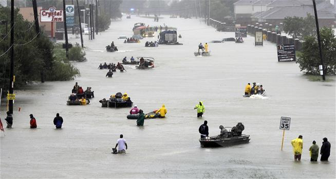 Houston to Residents: Get Out While You Can