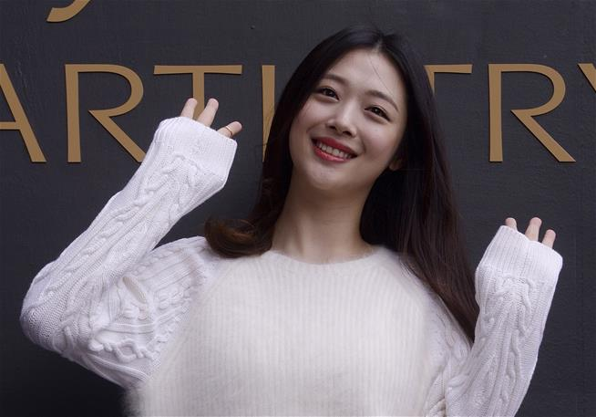 K-Pop idol dead after apparent suicide: Report