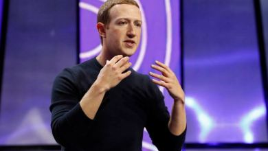 Photo of Treat us like something between a telco and a newspaper, says Facebook's Zuckerberg