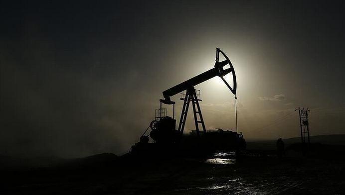 Oil prices up on $2 trillion US stimulus optimism 1