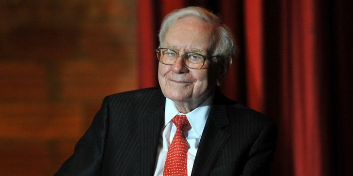 In 4 Words, Warren Buffett Provides a Powerful Mental Habit for Achieving Success 1