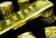 Gold prices head higher after last week's decline as investors bet on continued central-bank stimulus 3