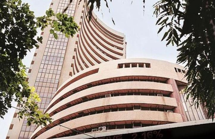 Foreign investors pour $6 bn into India stocks despite sinking economy 1
