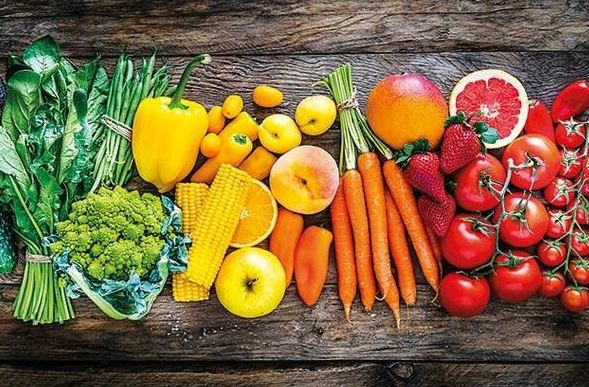 173 kg of fruit, 269 kg of vegetables consumed per person annually in Turkey in 2020 1
