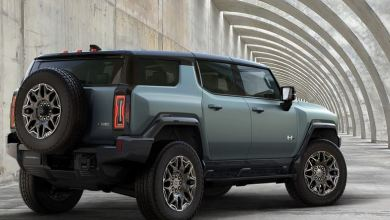 GMC's newly-unveiled Hummer EV SUV is 830HP of electric 'supertruck' 8