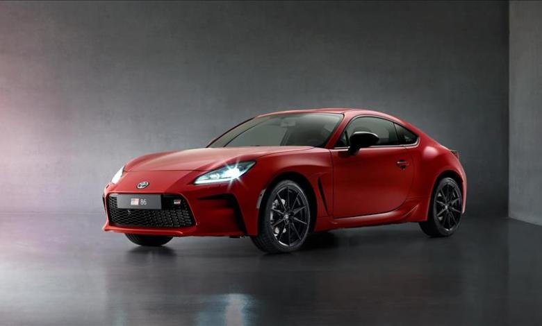 Toyota introduces sports car new GR 86 1