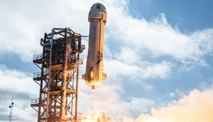 Blue Origin auctions seat on first spaceflight with Jeff Bezos for $28 million 1
