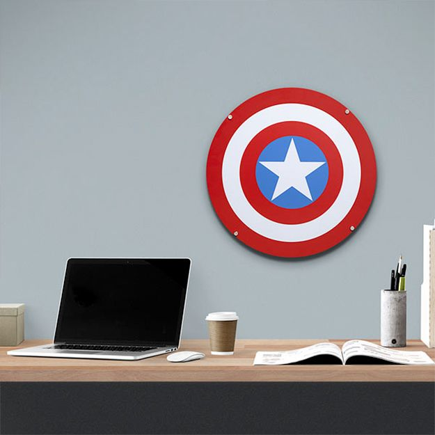Captain-America-Shield-Light-Up-Wall-Art-04