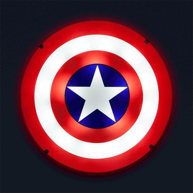 Captain-America-Shield-Light-Up-Wall-Art-07