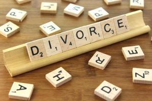 Divorce, le dossier et guide complet pour tout comprendre - Bazarovore