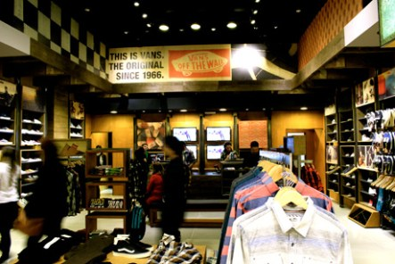 shopping_jk_vans_flagship_ft01