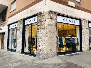 negozio abbigliamento Class vista esterna